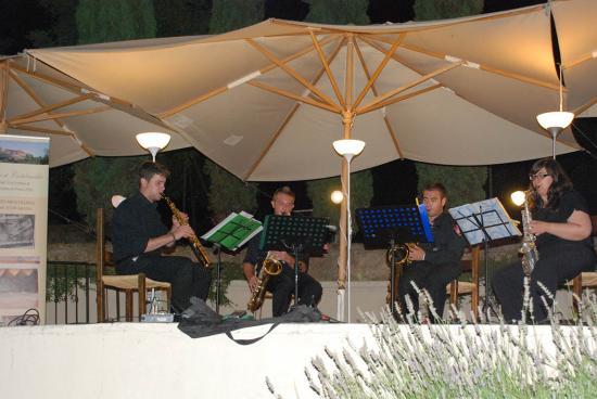 04 Entropia Sax Quartet - Bis
